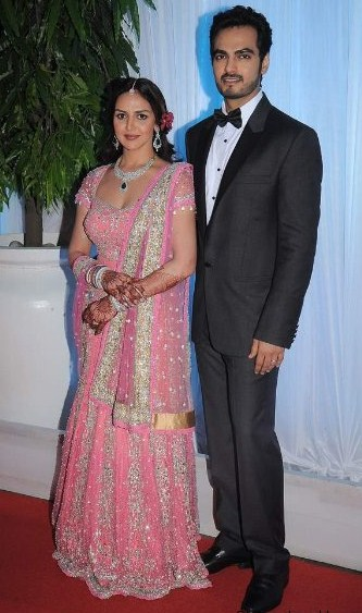 tips for dressing for at a wedding reception the borrow it bindaas
